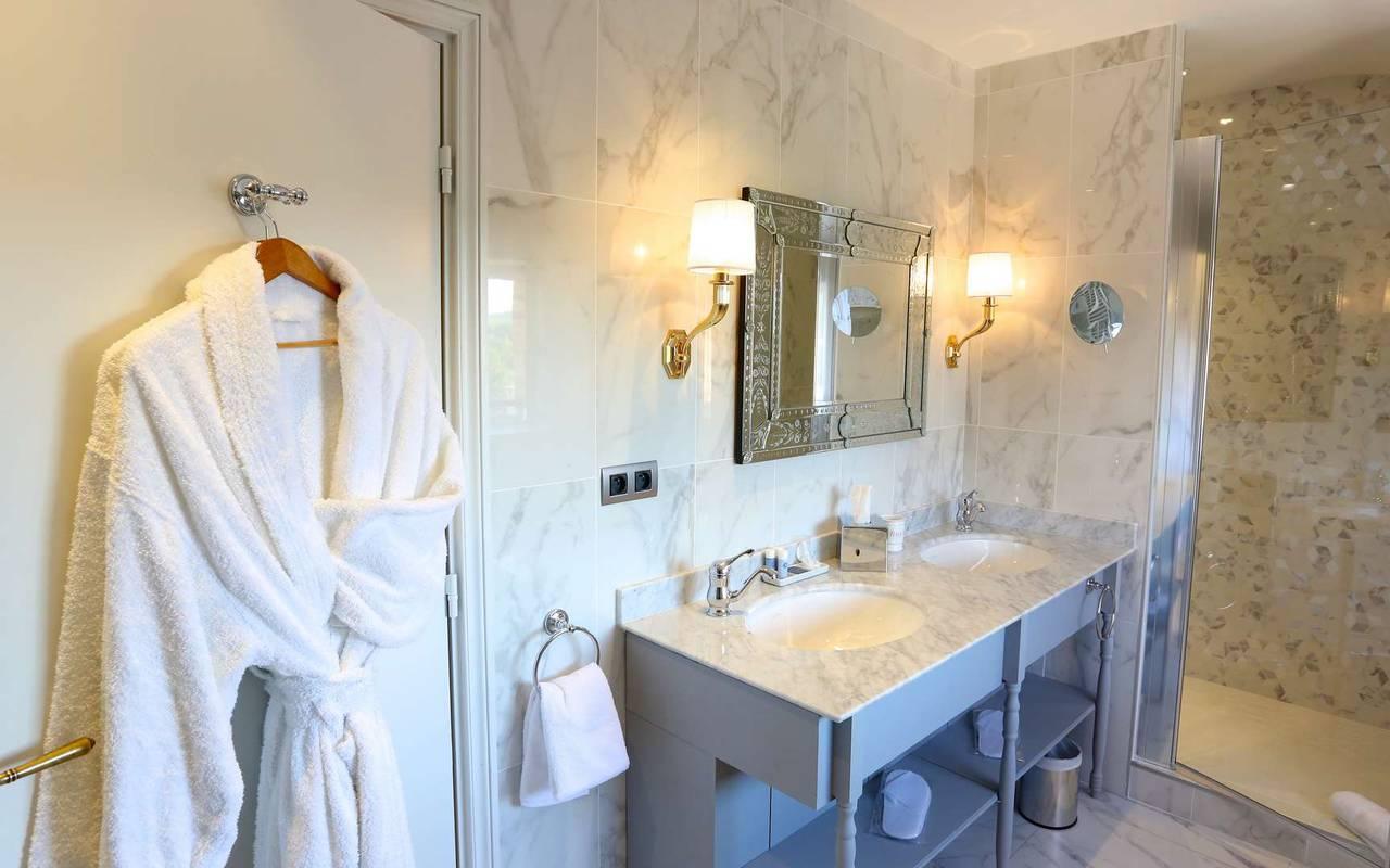 Salle de bain de la suite duplex