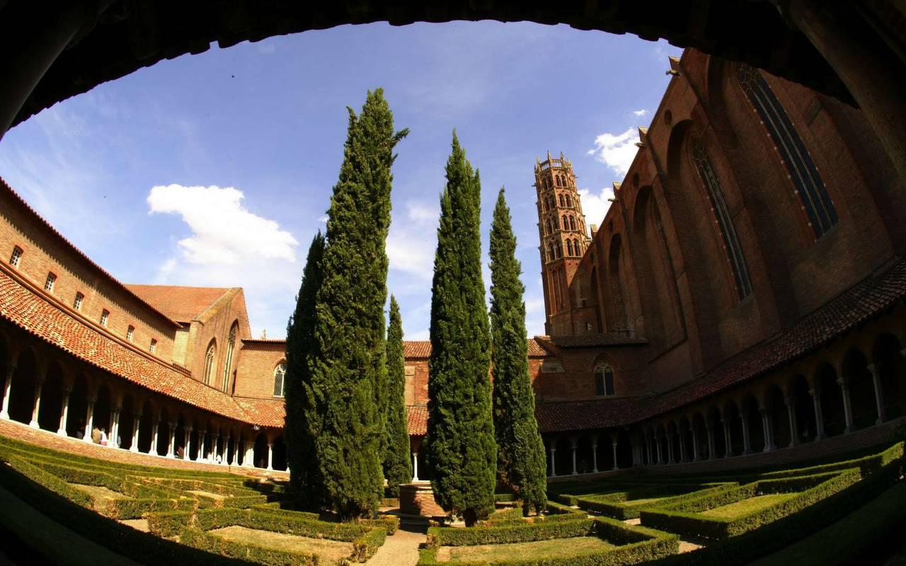 Extérieur du couvent des Jacobins à Toulouse