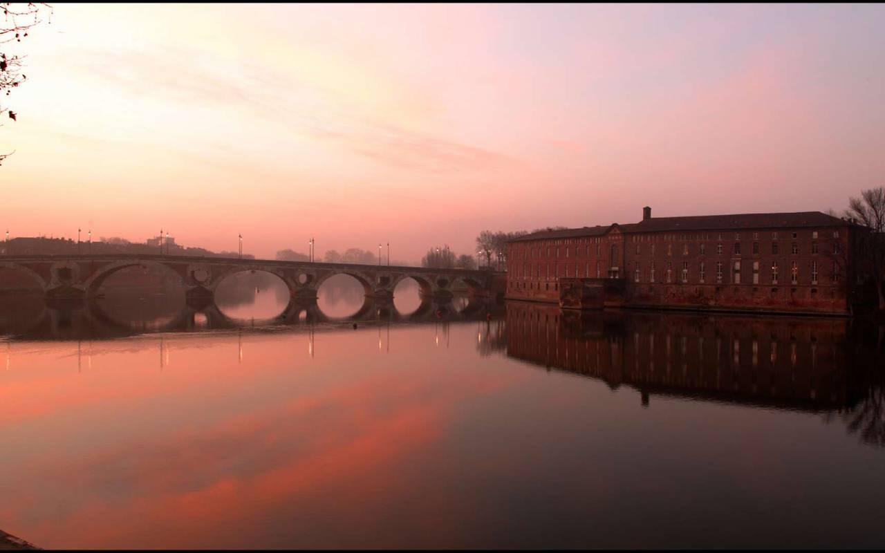 Le pont-neuf à Toulouse